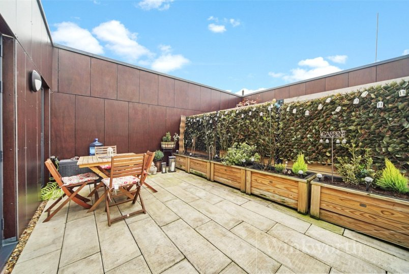 Flat/apartment for sale in Kingsbury - Acacia Court, Alpine Road, London, NW9