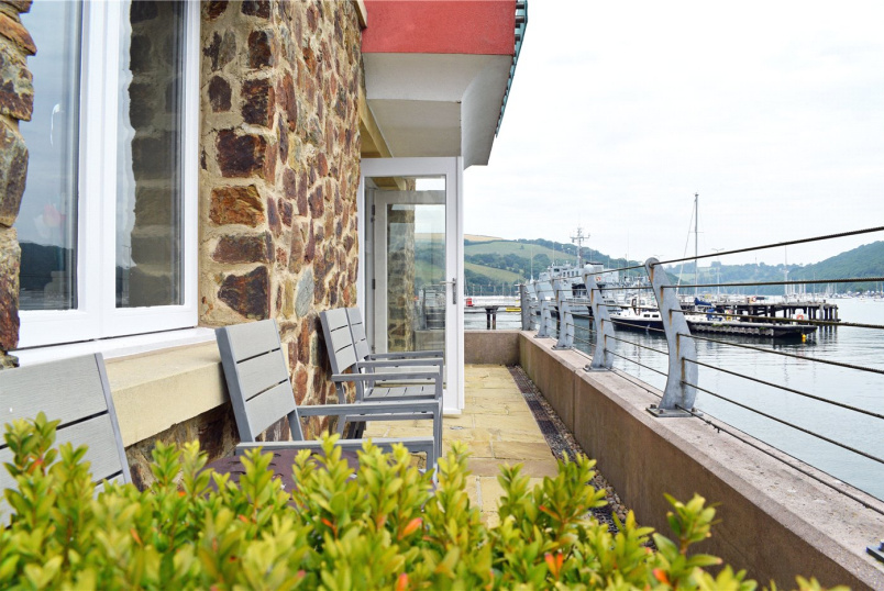 Flat/apartment for sale in Dartmouth - Dart Marina, Sandquay Road, Dartmouth, TQ6