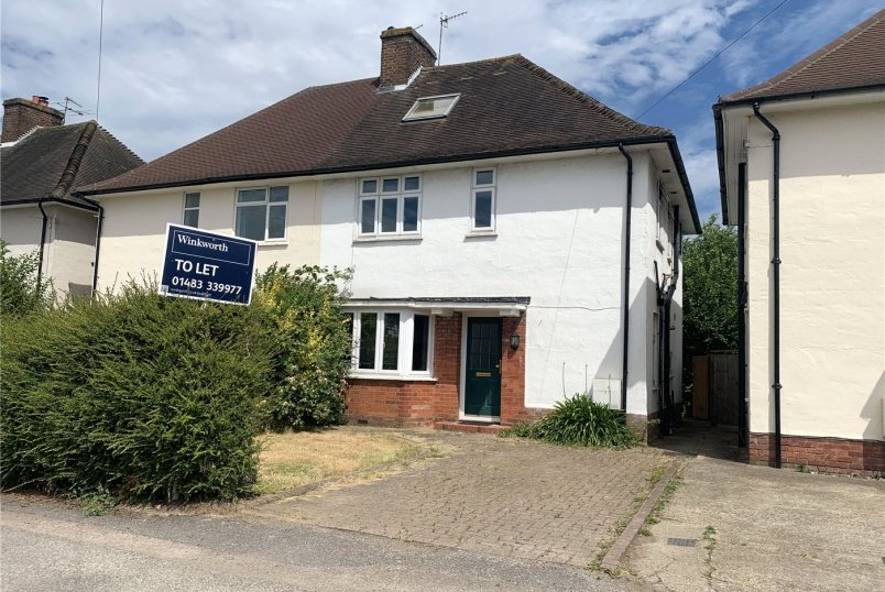 House to rent in Guildford - Woodbridge Hill Gardens, Guildford, Surrey, GU2