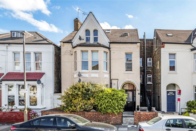 Flat/apartment for sale in Tooting - Lucien Road, London, SW17