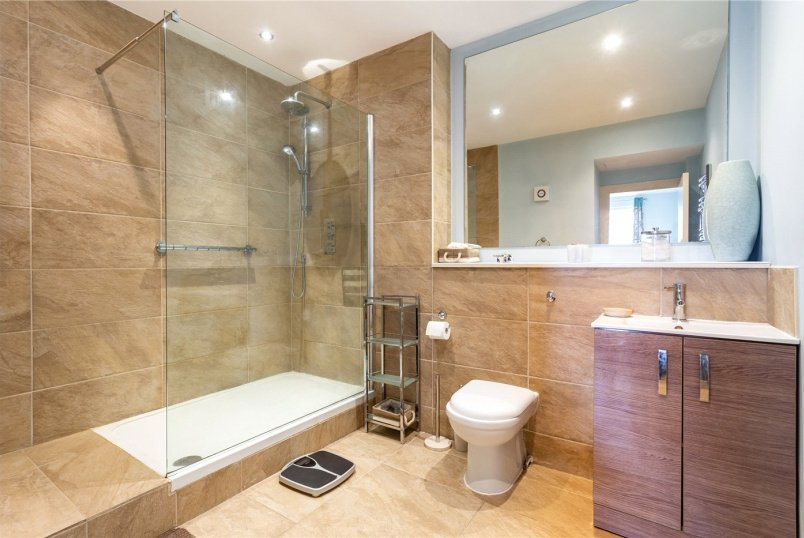 Flat/apartment for sale in  - Rosemount Court, 99 Ross Road, London, SE25
