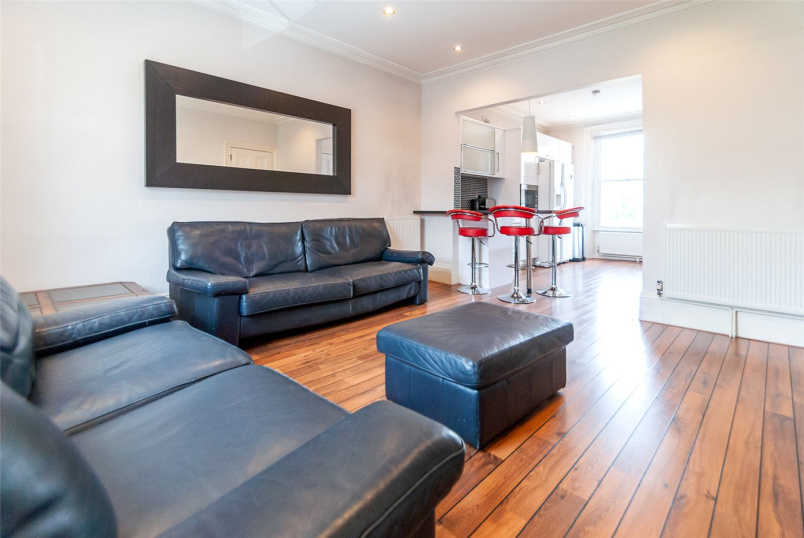 Flat/apartment to rent in Kentish Town - Camden Road, London, NW1