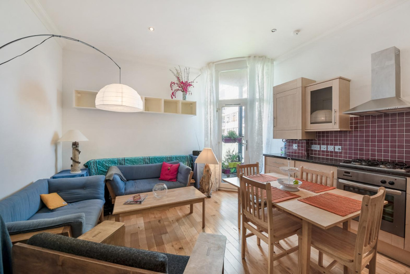 Flat to rent in Kennington - AMBER HEIGHTS, SE11
