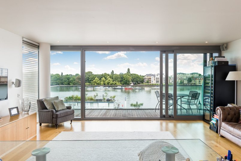 Flat/apartment for sale in Putney - Coptain House, Eastfields Avenue, London, SW18