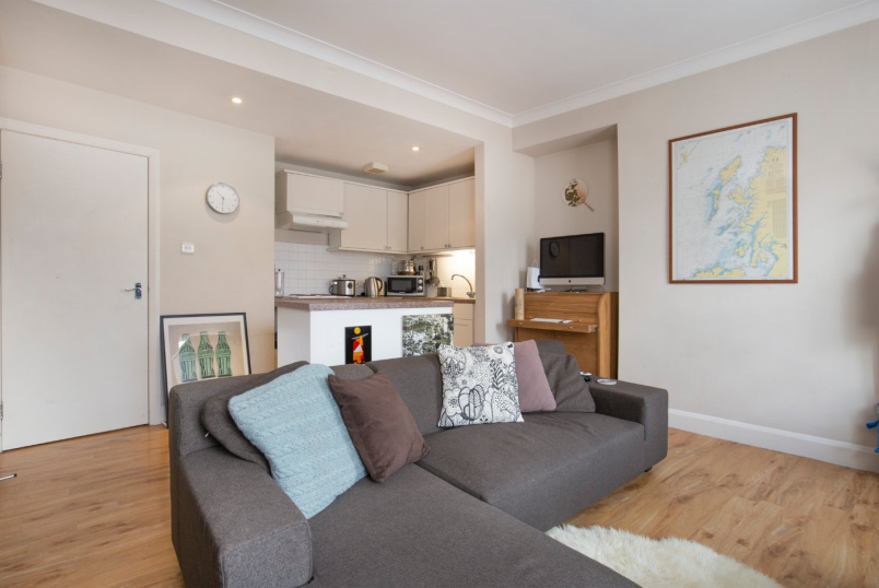 Flat/apartment for sale in Putney - Lacy Road, London, SW15
