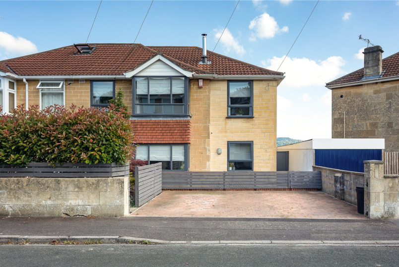 House for sale in Bath - Stirtingale Avenue, Bath, Somerset, BA2