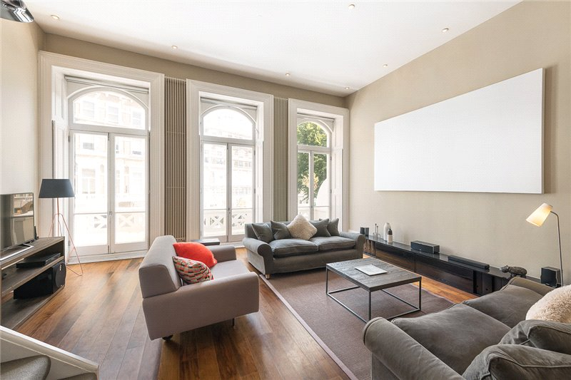 Maisonette for sale in South Kensington - Emperors Gate, London, SW7