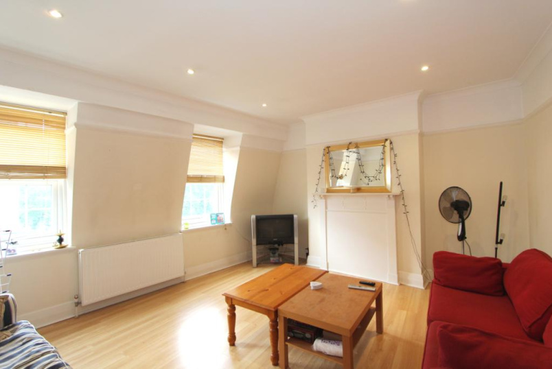 Flat/apartment to rent in Ealing & Acton - The Mall, Ealing, London, W5