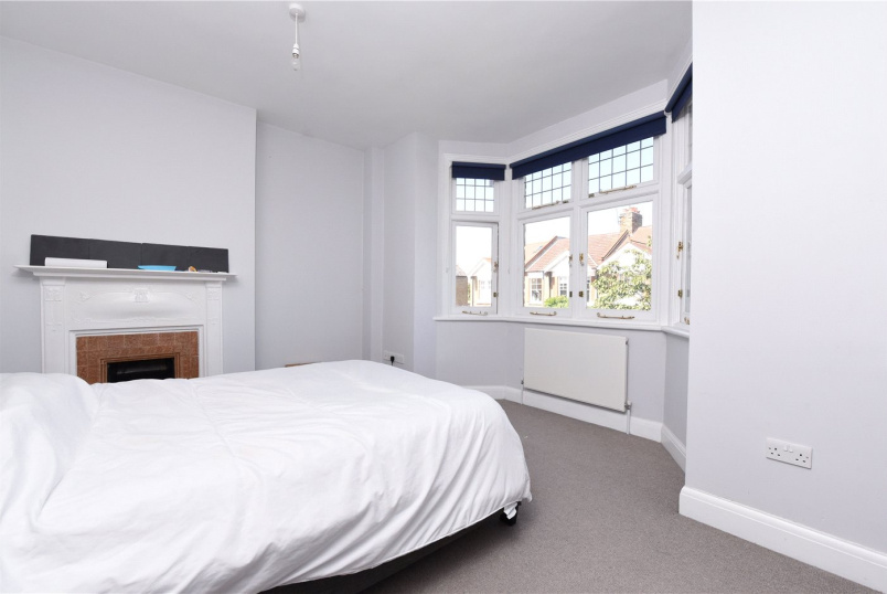 Flat/apartment to rent in Southfields - Hotham Road, London, SW15