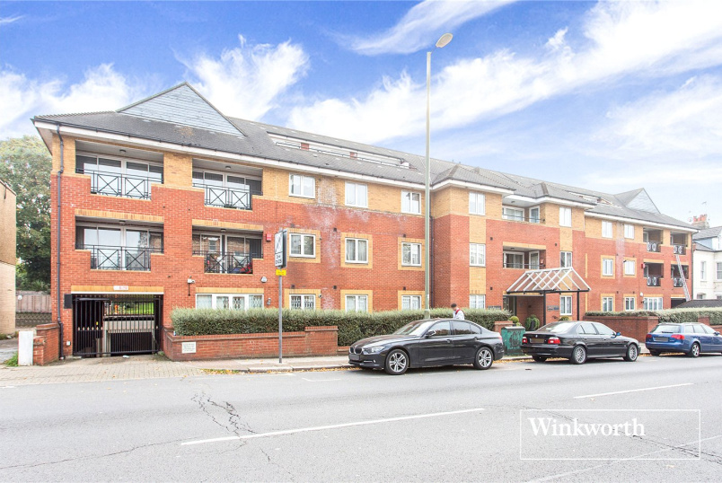 Flat/apartment for sale in Finchley - Coliseum Court, 200 Regents Park Road, Finchley, N3