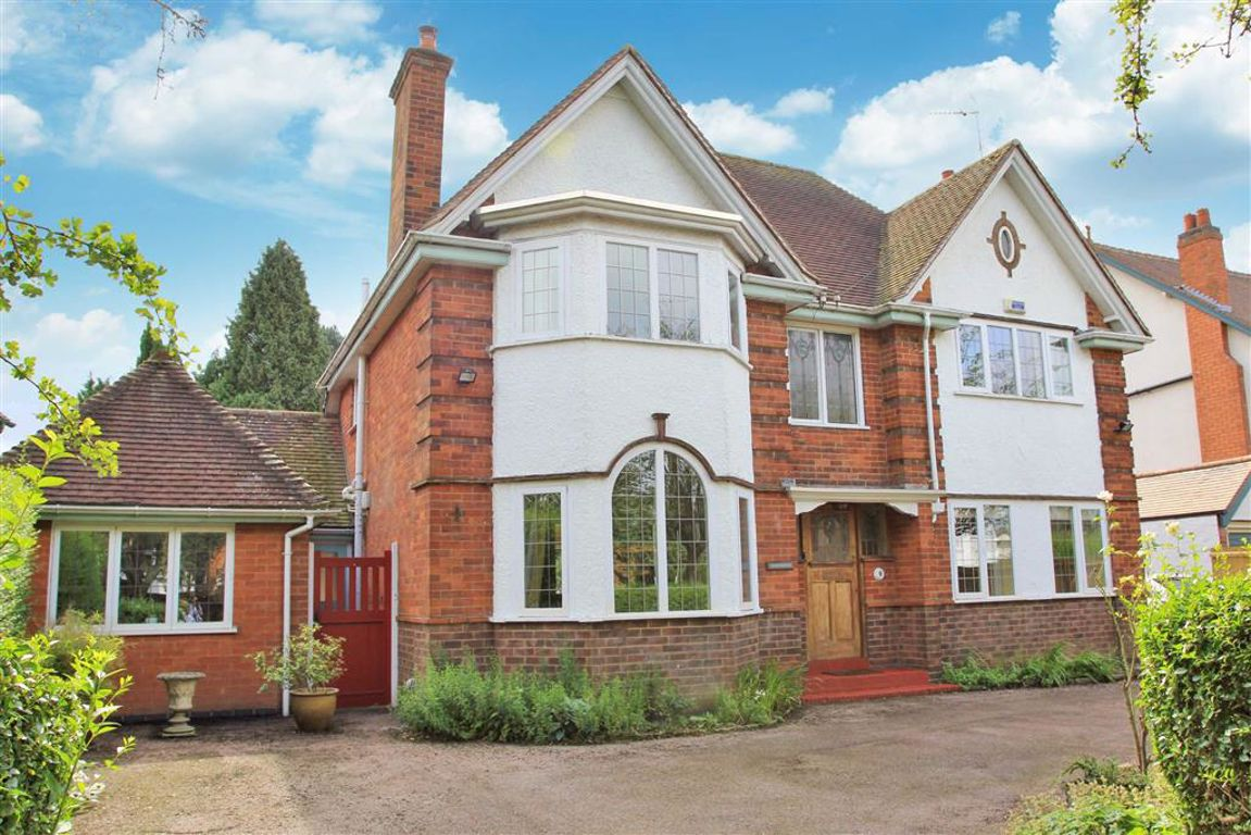 Awesome 4 Bedroom Property For Sale In Hawthorne Drive Evington Beutiful Home Inspiration Truamahrainfo