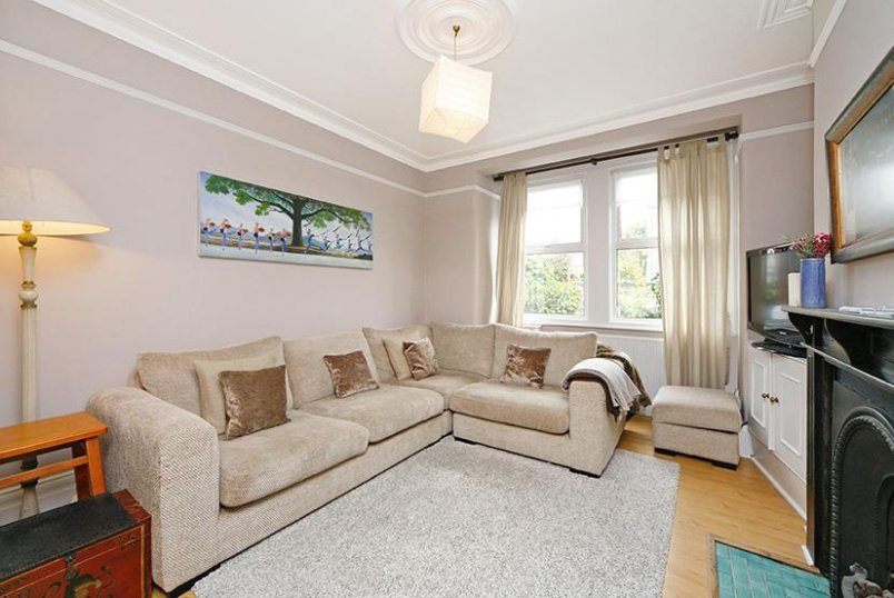House to rent in Chiswick - Florence Road, London, W4