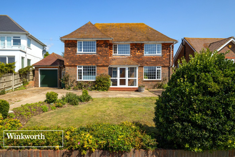 House for sale in Brighton & Hove - Roedean Crescent, Brighton, East Sussex, BN2