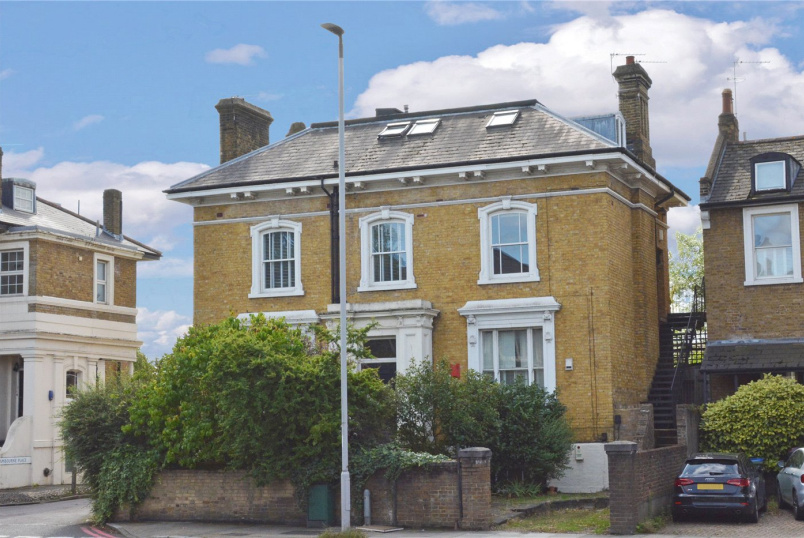 Flat/apartment for sale in Blackheath - Shooters Hill Road, London, SE3