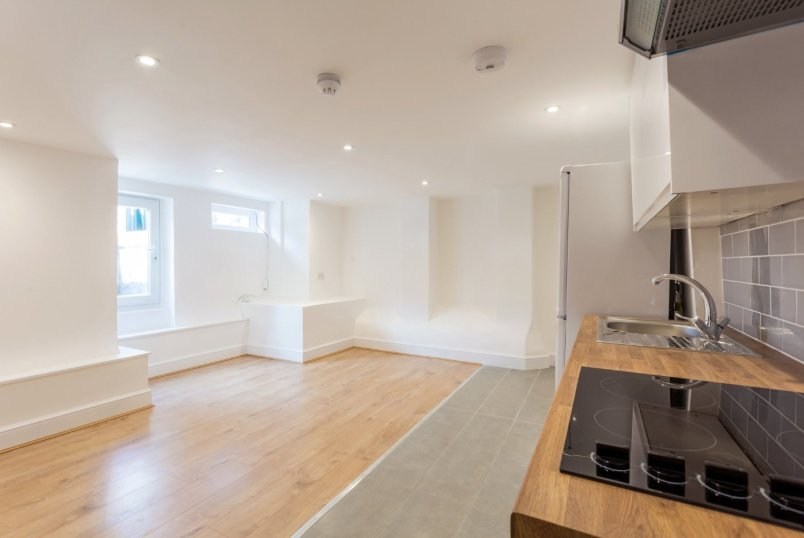 Flat/apartment to rent in Highbury - Woodberry Grove, Finsbury Park, N4