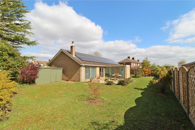 Bungalow for sale in Market Deeping - Stowe Road, Langtoft, Peterborough, PE6