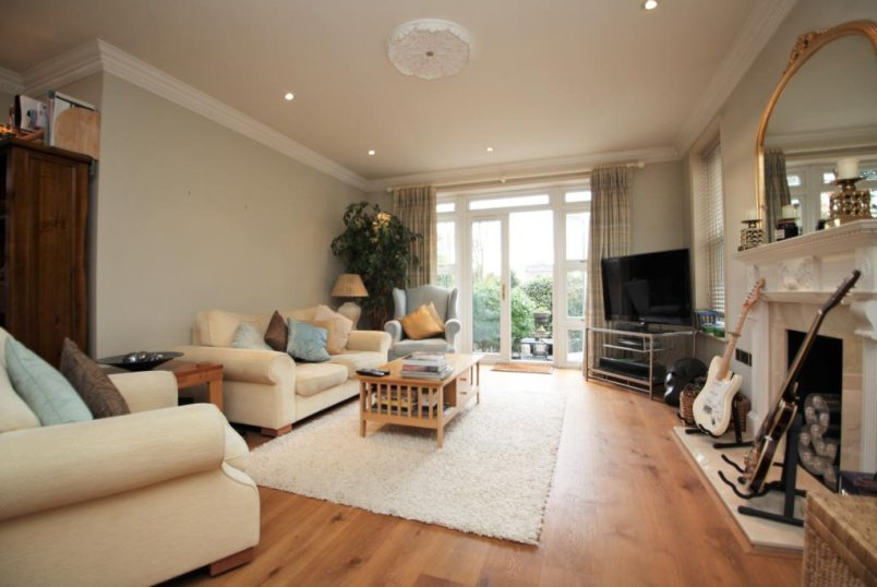 Flat/apartment to rent in Reading - Treetops, The Mount, Caversham, Reading, RG4