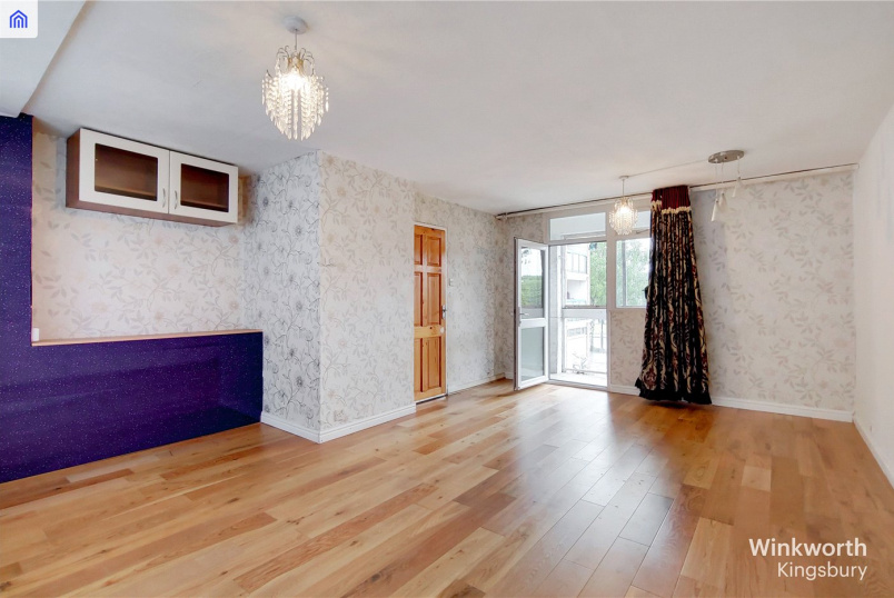 Flat/apartment to rent in Kingsbury - Westcroft Court, 369 Kingsbury Road, London, NW9