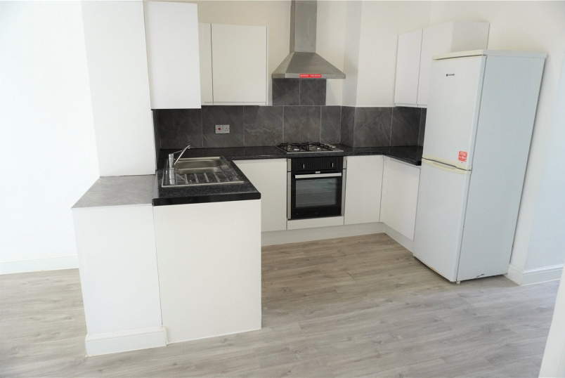 House to rent in Surbiton - Addison Gardens, Surbiton, KT5