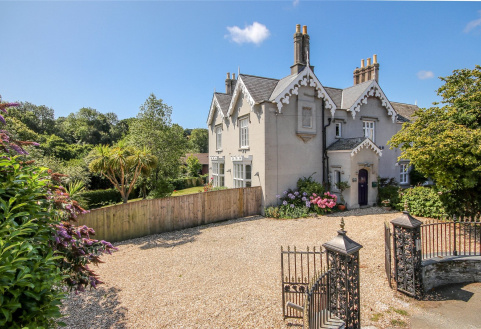 Redford House, Higher Union Road, Kingsbridge, TQ7
