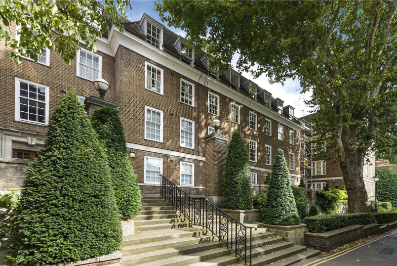 Flat/apartment for sale in Kensington - Ingelow House, Holland Street, London, W8