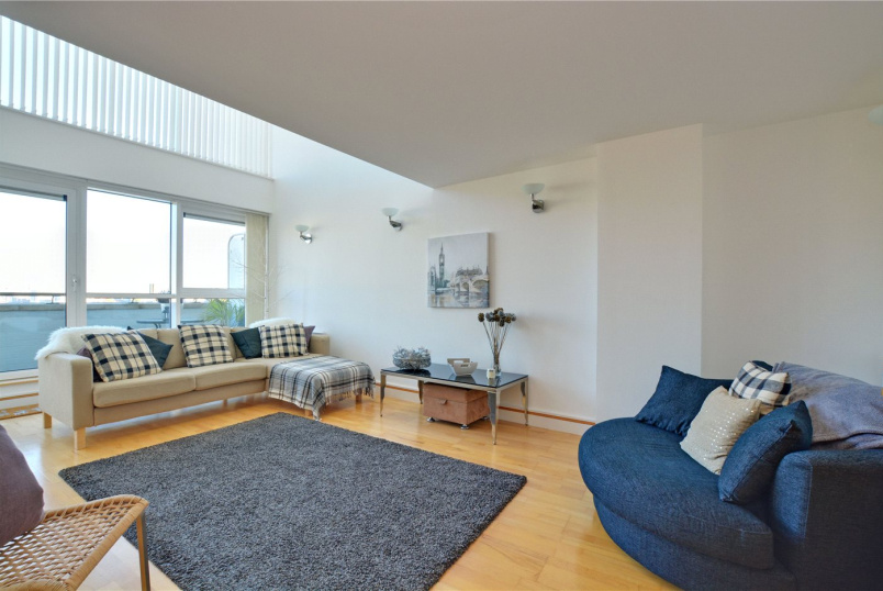 Flat/apartment to rent in Greenwich - Greenfell Mansions, Glaisher Street, Greenwich, SE8