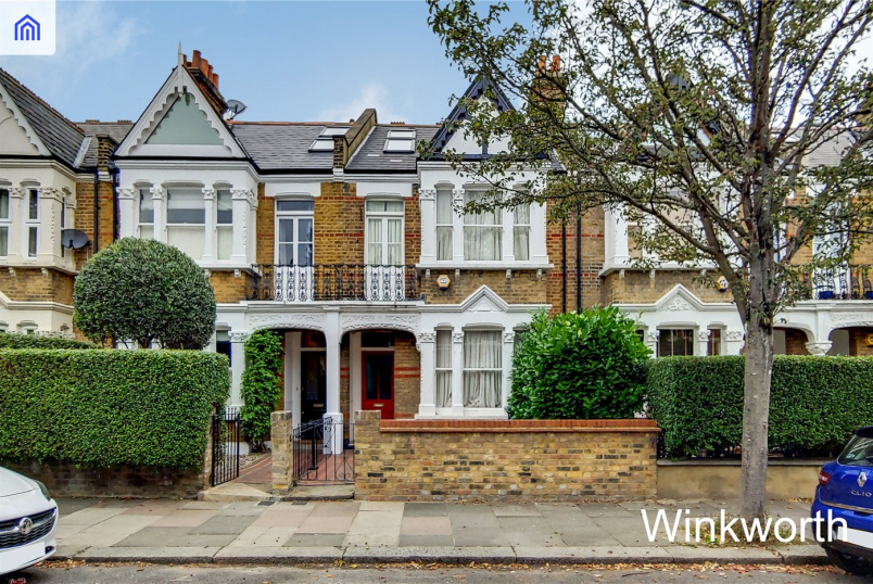 House for sale in  - Woodhurst Road, Acton, W3
