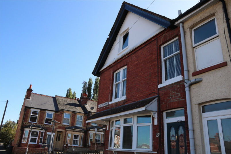 Flat/apartment to rent in Reading - Gloucester Road, Reading, Berkshire, RG30