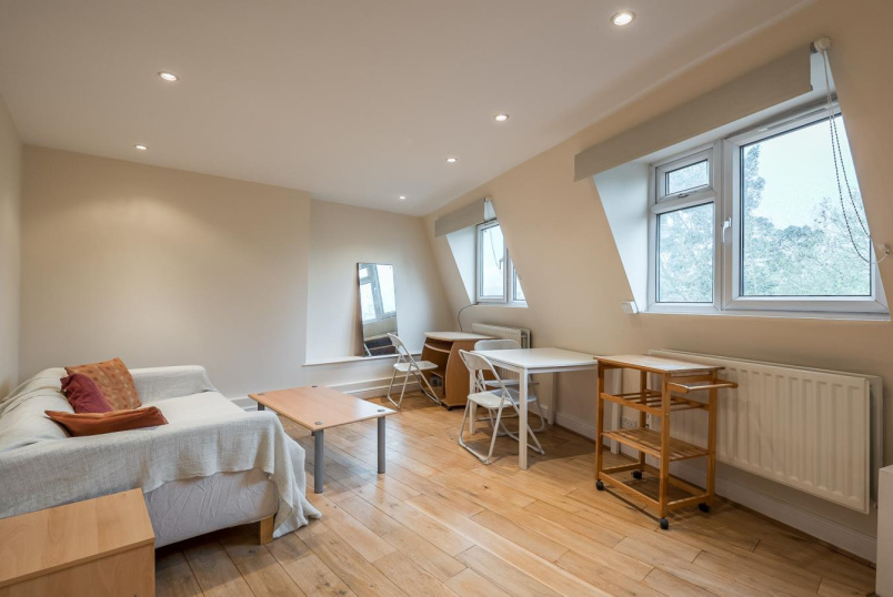 Flat for sale in  - FALCON ROAD, SW11