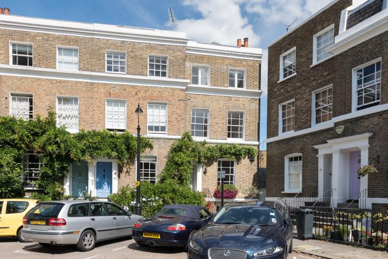 House for sale in Kennington - Hanover Gardens, Oval, SE11