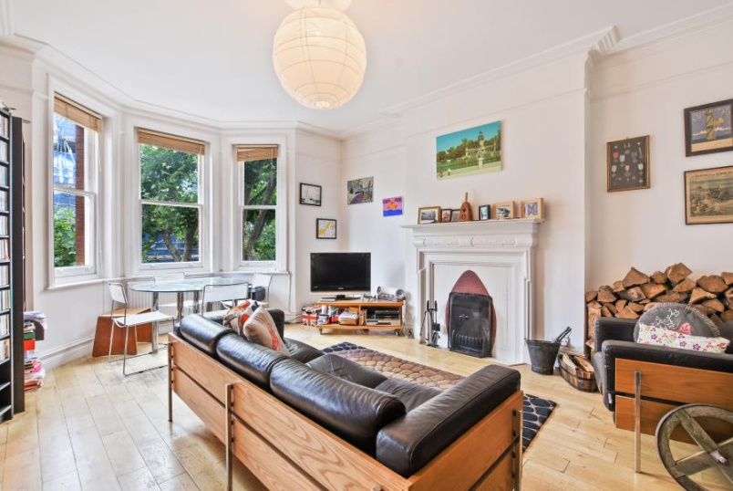 Apartment for sale in St Johns Wood - CASTELLAIN MANSIONS, W9 1HB