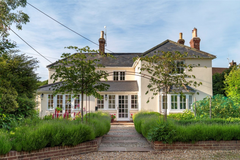 House for sale in Salisbury - Dean Lane, Sixpenny Handley, Salisbury, SP5