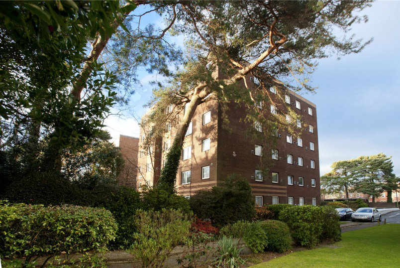 Flat/apartment for sale in Southbourne - Princess Road, Branksome, Poole, BH12