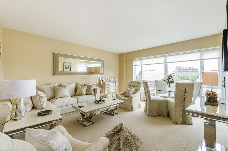 Flat/apartment to rent in  - Rutland Gate, London, SW7