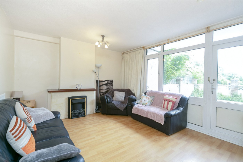 Flat/apartment to rent in Shoreditch - Kingward House, Hanbury Street, London, E1