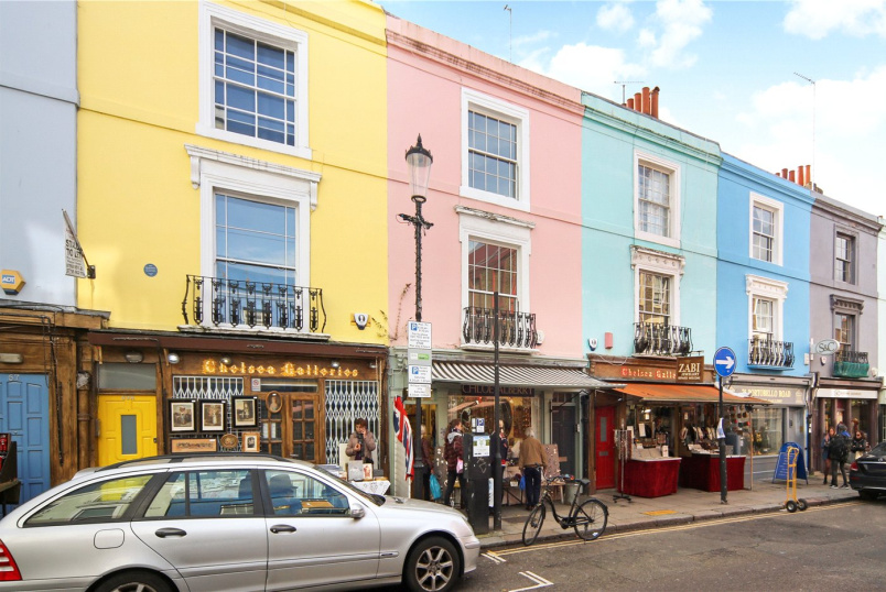 Flat/apartment to rent in Notting Hill - Portobello Road, London, W11