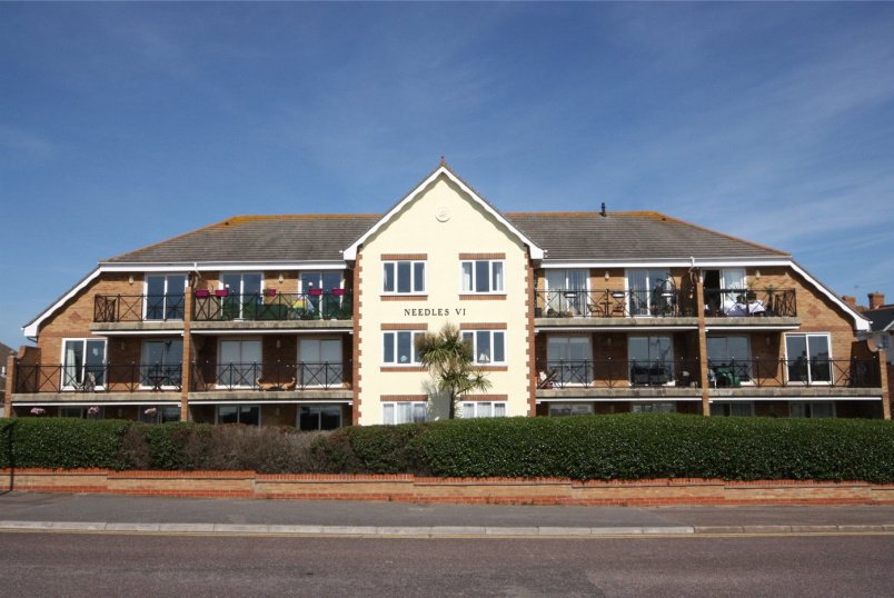 Flat/apartment for sale in Southbourne - Needles View, 147 Southbourne Overcliff Driv, Bournemouth, BH6