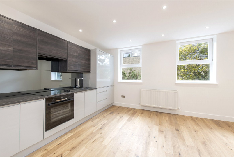 Flat/apartment to rent in Streatham - Christchurch Road, London, SW2