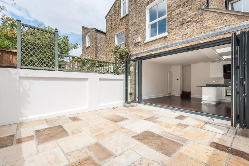 House - terraced for sale in Battersea - MARNEY ROAD, SW11