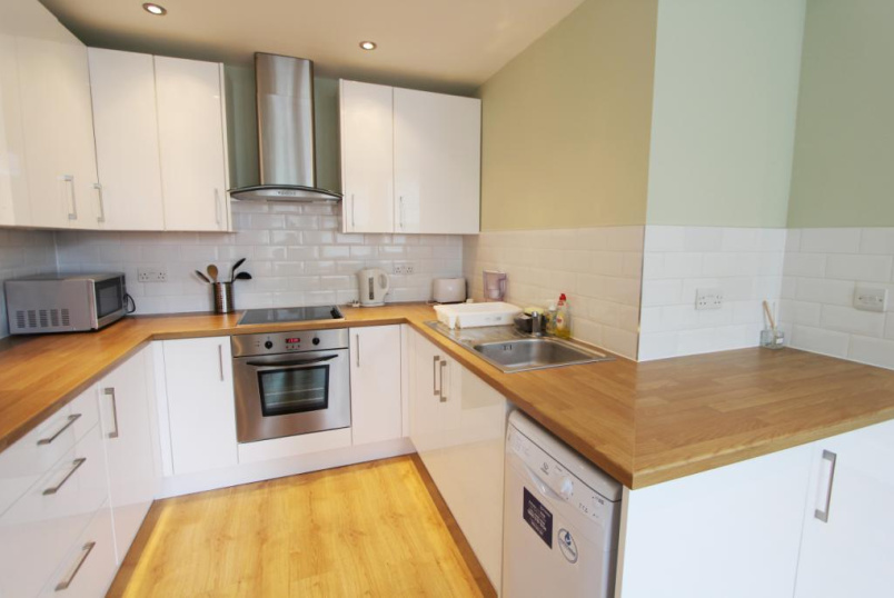 Flat/apartment to rent in Ealing & Acton - Woodville Gardens, Ealing Broadway, W5