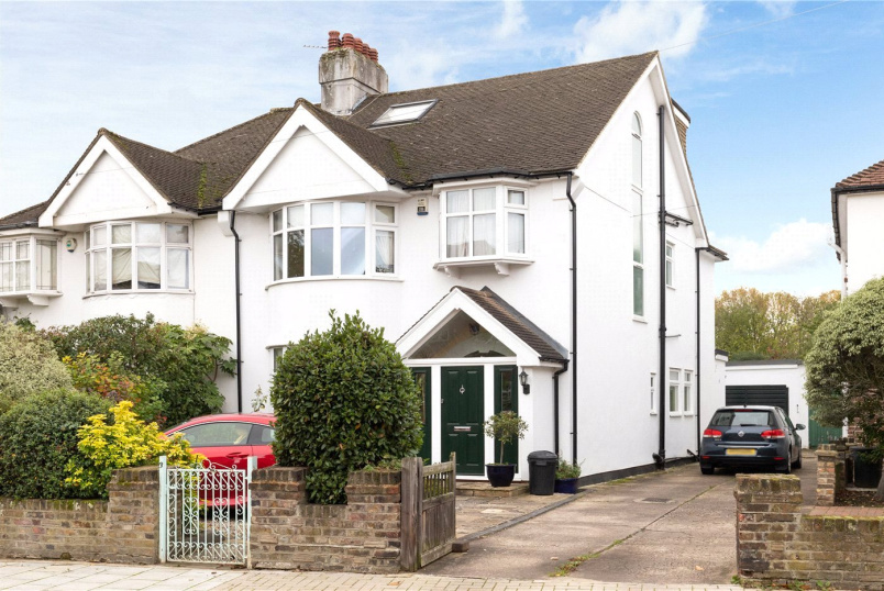 House for sale in Southfields - Sispara Gardens, London, SW18