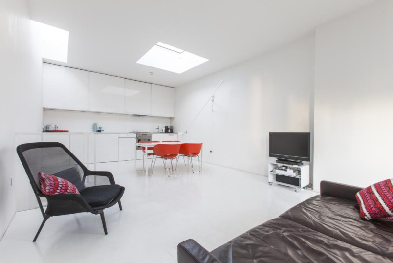 House to rent in Shoreditch - Voss Street, Bethnal Green, London, E2