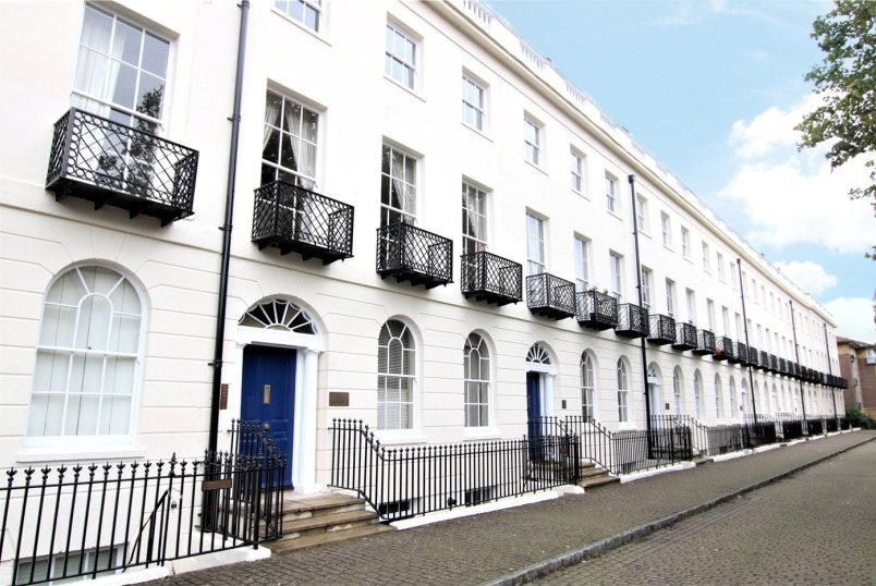 Flat/apartment for sale in Reading - Albion Terrace, London Road, Reading, RG1