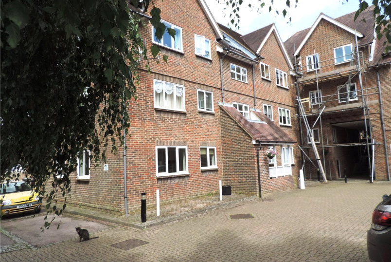 Flat/apartment for sale in Forest Row - Kennard Court, Riverside, Forest Row, RH18