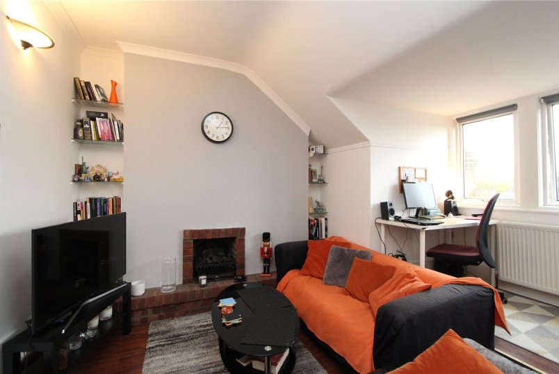 Flat/apartment to rent in Ealing & Acton - Marchwood Crescent, Ealing, W5