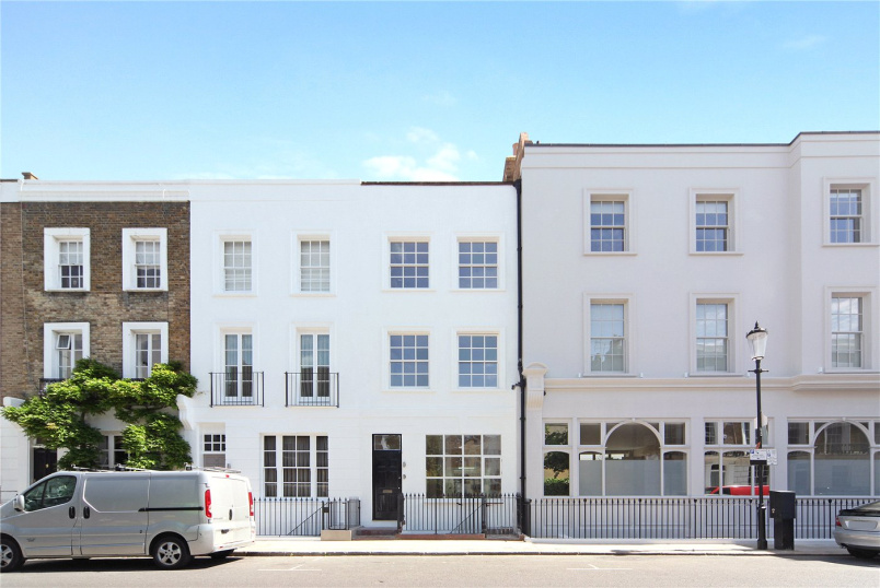 to rent in Notting Hill - Princedale Road, London, W11