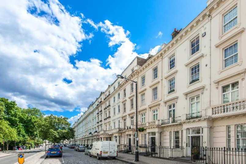 Flat for sale in Pimlico and Westminster - ST GEORGE'S DRIVE, SW1V