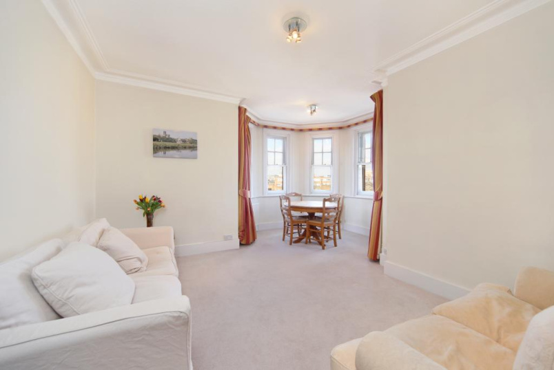 Flat/apartment to rent in  - Zenobia Mansions, Queen's Club Gardens, Barons Court/Fulham, W14