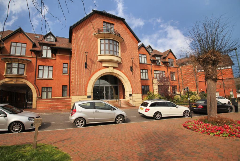 Flat/apartment to rent in  - Perpetual House, Station Road, Henley-on-Thames, RG9