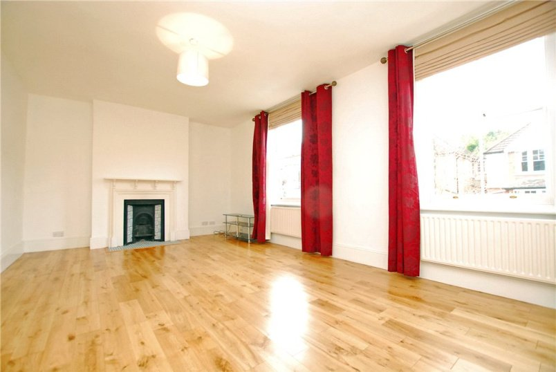 Flat/apartment to rent in Blackheath - Mycenae Road, London, SE3